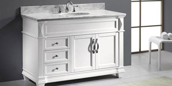 Traditional White Bathroom Vanity - White Bathroom Vanity (PHOTOS) - Victoriana Magazine