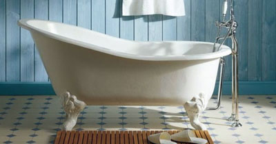 COTTAGE STYLE BATHROOM DESIGN CLAWFOOT TUB