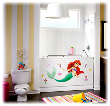Little mermaid theme bathroom and bathtub - Little mermaid bathroom ideas ...