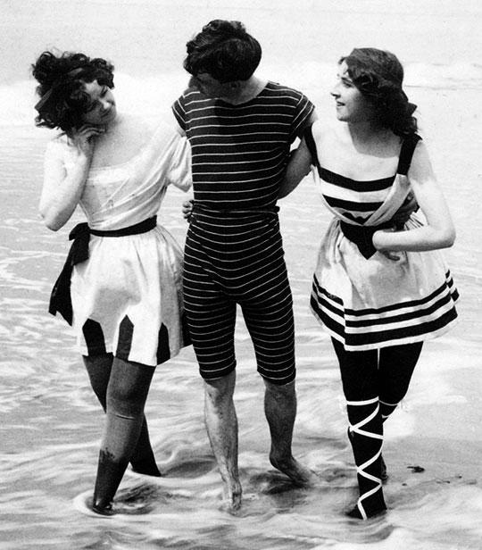 Victorian bathing suits on pinterest victorian bathing - Costumi da bagno del 1900 ...