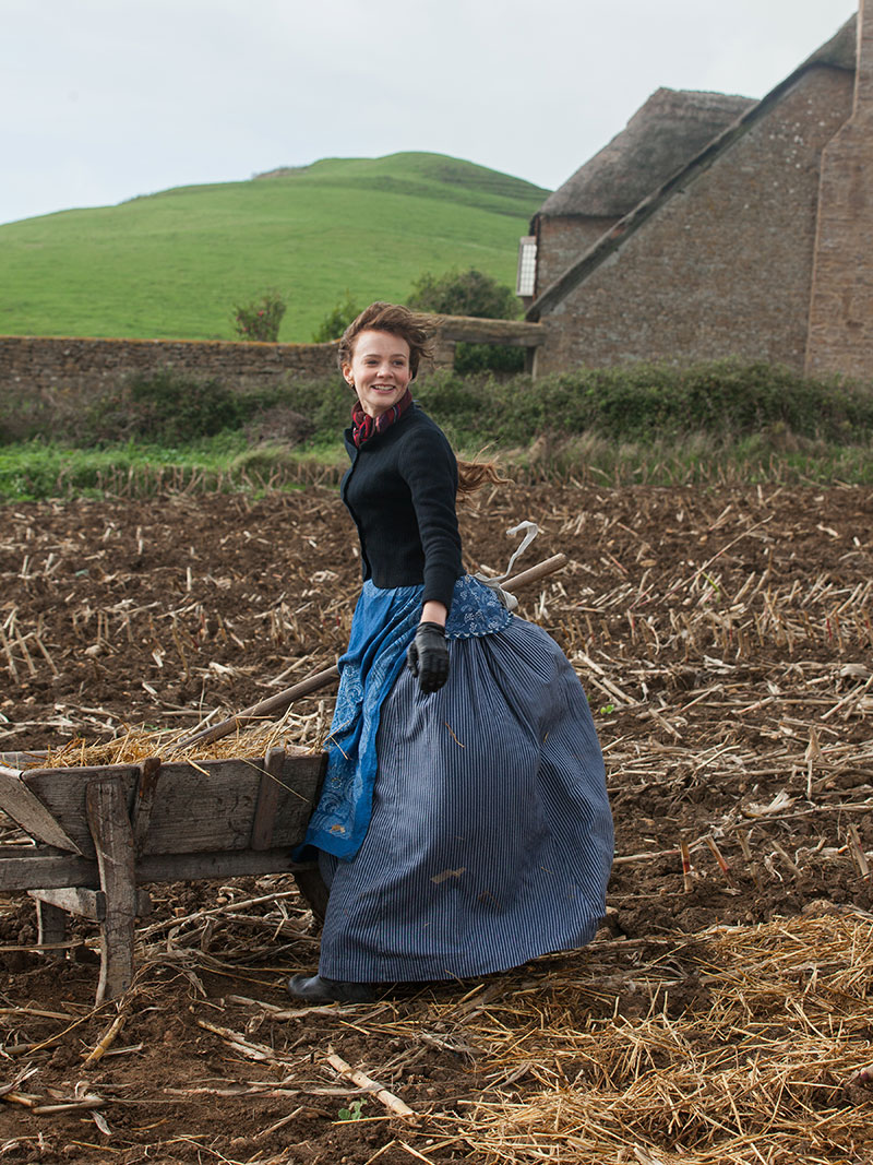 bathsheba and farmer boldwood essay Chapter 9 bathsheba everdene's home is an old mansion morning cleaning up and sorting out papers and various other things liddy about farmer boldwood.