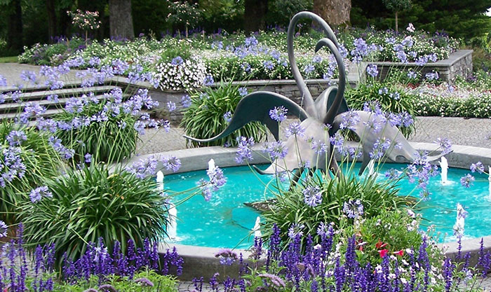 10 Dazzling Water Fountain Ideas Photos