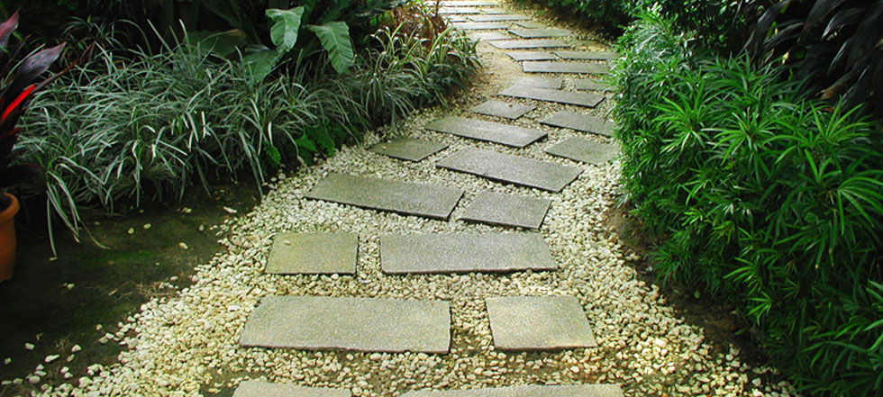 Garden paving ideas and designs photos for Paved garden designs