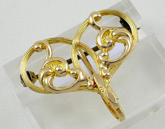 Victorian gold-filled heart shaped watch pin