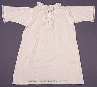 Queen Victoria nightgown