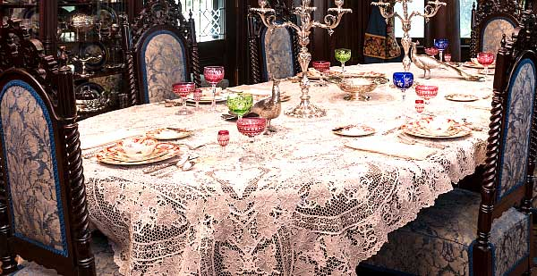 Antique Table Cloth And Napkins. The Dining Room ...