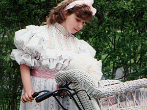 Victorian Clothing | Victorian Fashion (PHOTOS) Victoriana Magazine