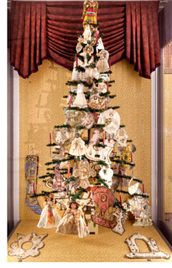 victorian christmas tree - Queen Christmas Decorations