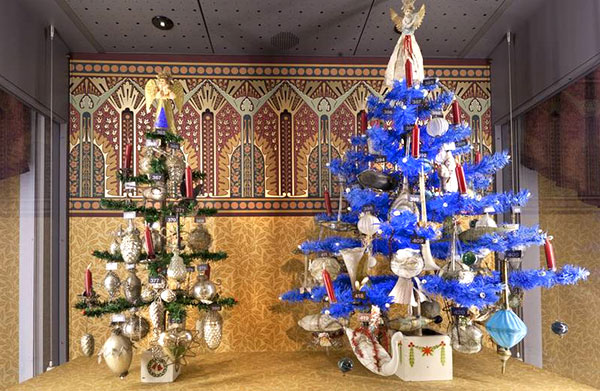 victorian christmas trees - Old Fashioned Christmas Tree Decorations