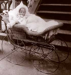 91d8af259 Antique Baby Carriage