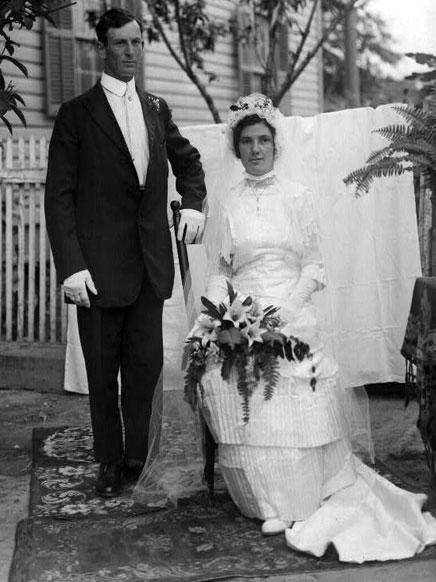 Vintage wedding dresses photos vintage wedding photography c1900 1920 wedding portrait image credit the south texas border the robert runyon photograph collection junglespirit Image collections