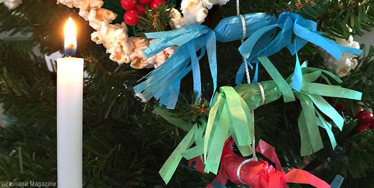This Simple Victorian Christmas Decoration Is Made From Tissue Paper Scraps And Peanuts Victoriana