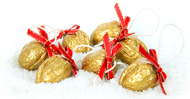 gilded walnuts how to make victorian christmas decorations