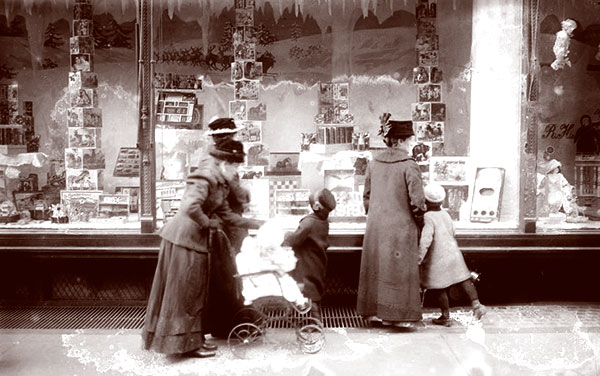 Pictures Of Christmas Holiday Windows Victoriana Magazine