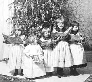 Christmas Caroling | Victorian Christmas Carol