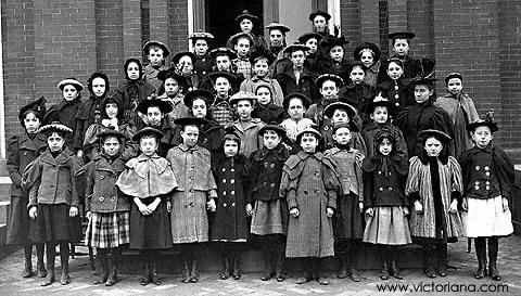 Victorian schoolgirls