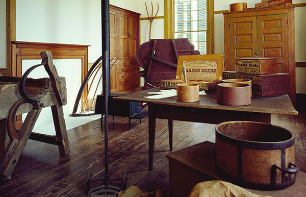 Antique Hardwood Flooring 1850s hay house the way in which flooring was sawed had much to do with the beauty of the grain and the durability of the surface 19th Century Kitchen 19th Century Kitchen Antique Hardwood Flooring