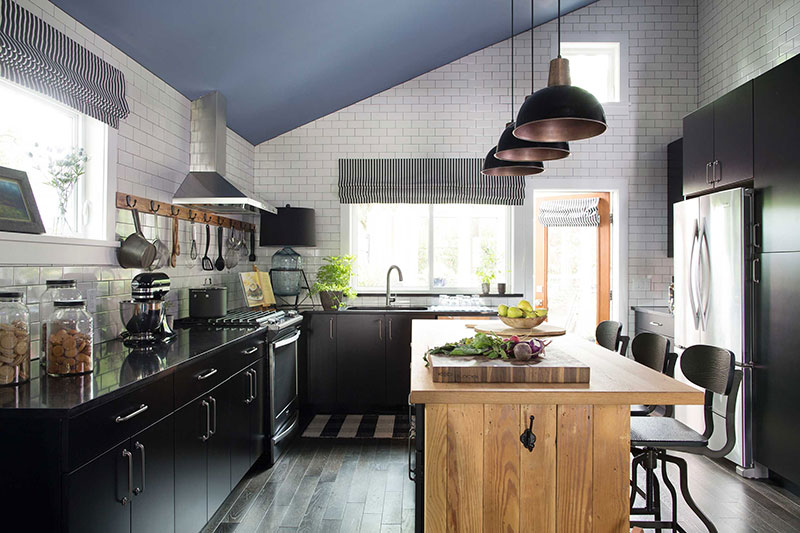 Farmhouse Kitchen Pictures (6 of 16) - HGTV 2015 Giveaway - photo#27