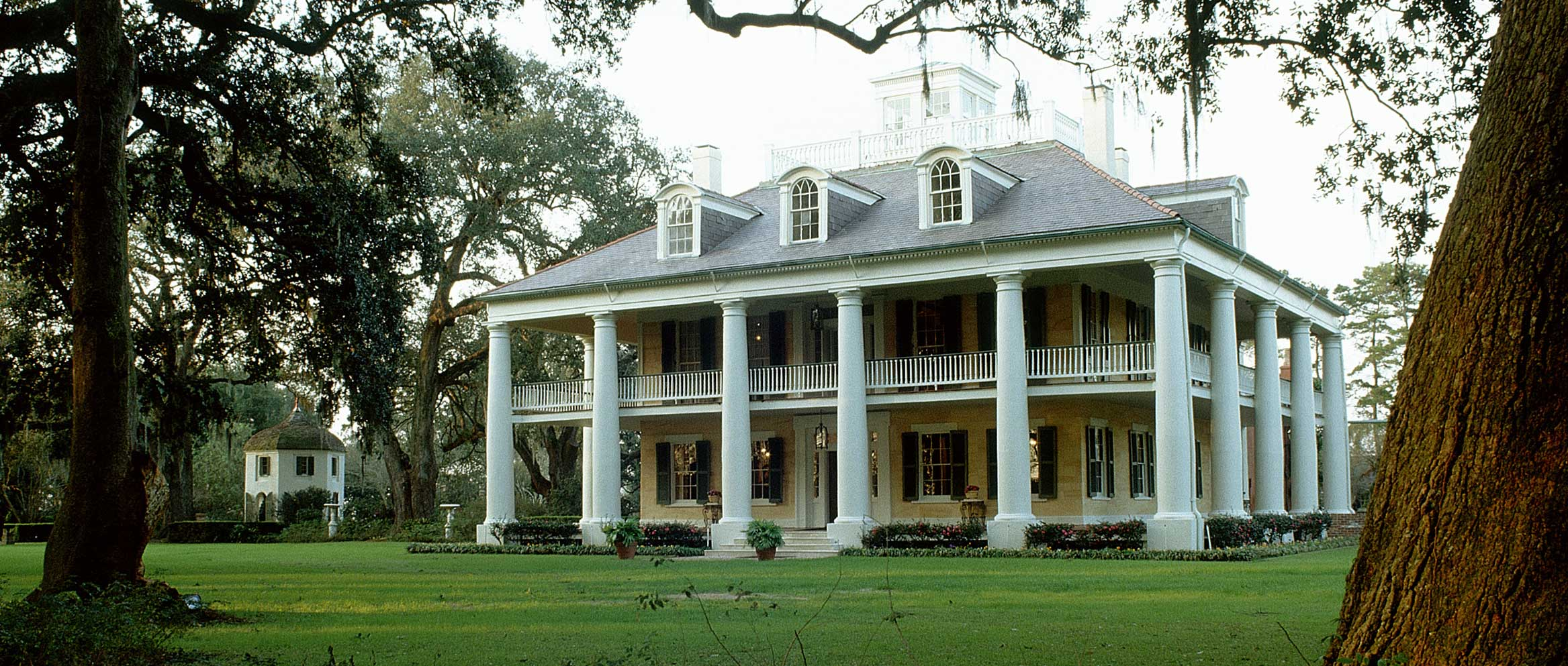 Southern plantation homes floor plans Southern plantation house plans