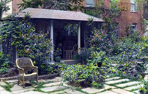 tea house in city garden