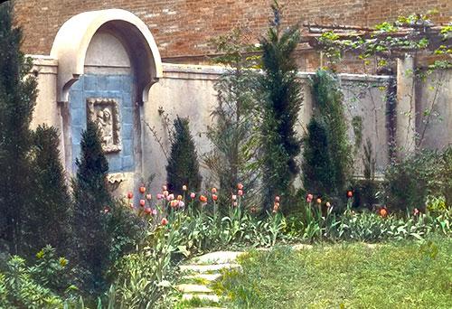 city garden wall