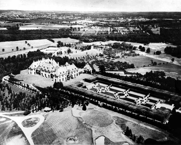 Oheka Castle in the 1920s. [Photo courtesy of Oheka Castle]
