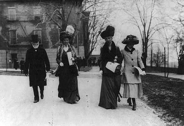 Andrew Carnegie with his wife Louise Whitfield Carnegie, sister-in-law Estelle (Stella) Whitfield, and daughter Margaret. [Image: Library of Congress]