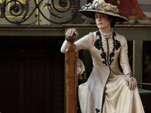 Downton Abbey (PBS) Season 1, 2010 Shown from left: Hugh Bonneville, Elizabeth McGovern Photo credit: © Carnival Films