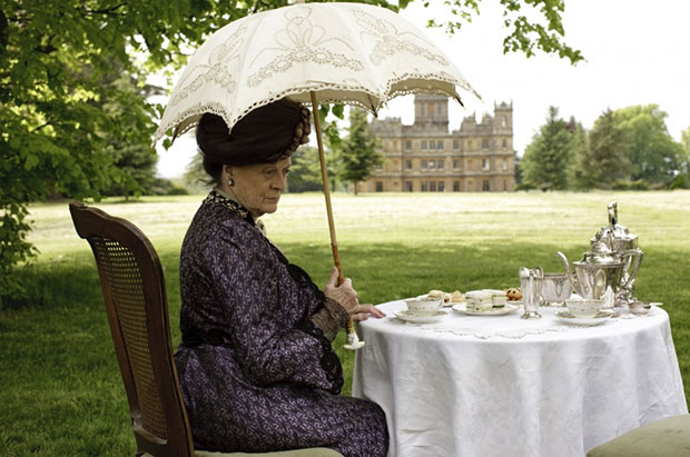 Downton Abbey (PBS) Season 1, 2010 Shown: Maggie Smith. Photo credit: © Carnival Films