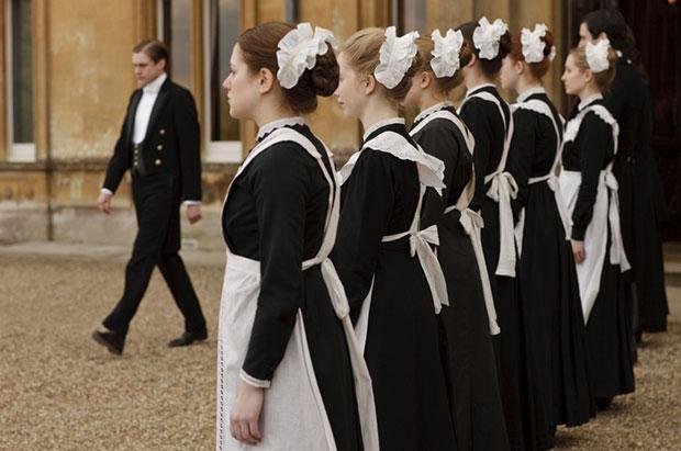 fabulous downton abbey costumes  photos