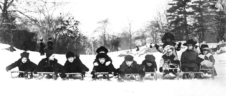 Fun In The Snow Vintage Sleds Victoriana Magazine