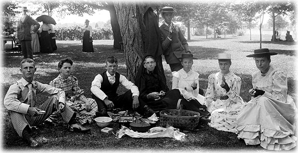 Picnic Ideas How To Have A Victorian Picnic