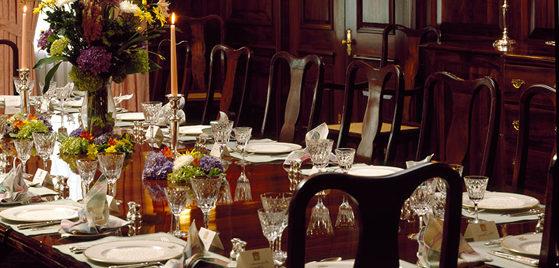 Gentil HOW TO SET A FORMAL DINNER TABLE